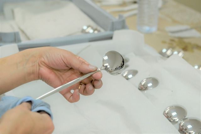 Cutipol クチポール製造風景~検品の様子~